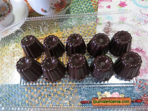 Cioccolatini cioccolato e noci