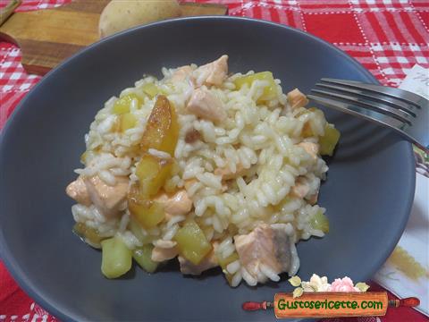 Risotto patate e salmone