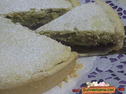 Torta coperta doppia crema pasticcera