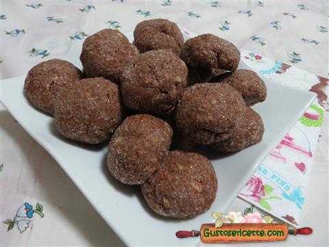 Biscotti mosto frutta secca e mandorle