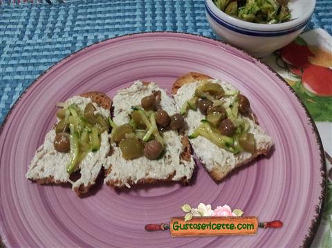 Crostini alalunga e zucchine