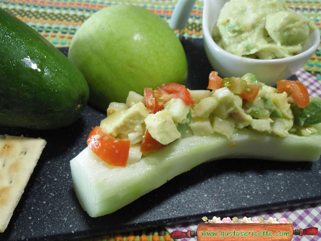 Barchette cetrioli sfiziose mela verde e avocado