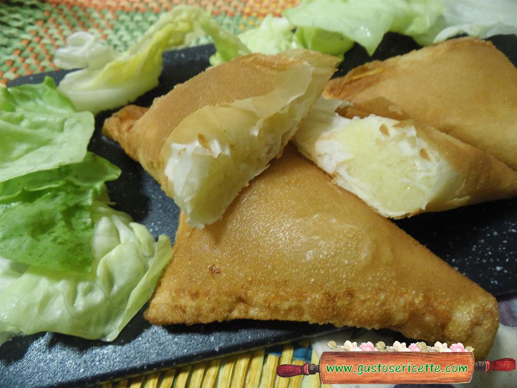Fagottini di pasta fillo patate e gamberoni